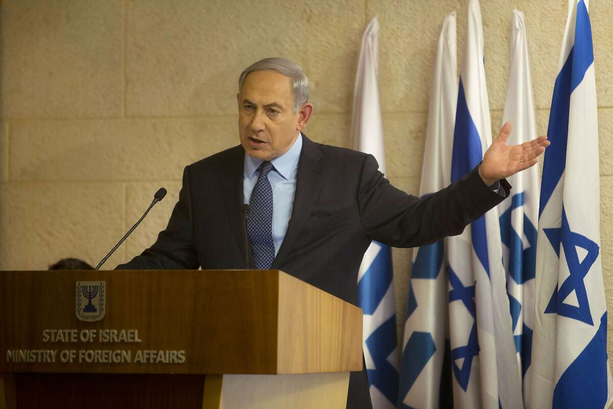 Israeli Prime Minister Benjamin Netanyahu gestures as he speaks during a press conference at the Foreign Ministry in Jerusalem, Thursday, Oct. 15, 2015. Netanyahu on Thursday said he would be