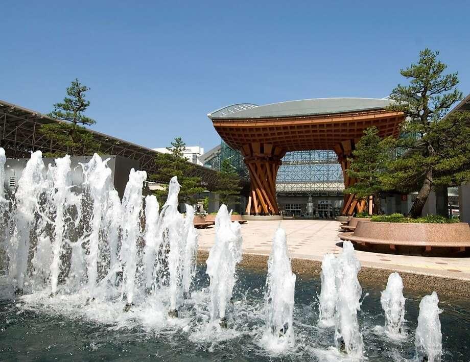 The new Kanazawa Station terminal. Photo: Japanese National Tourism