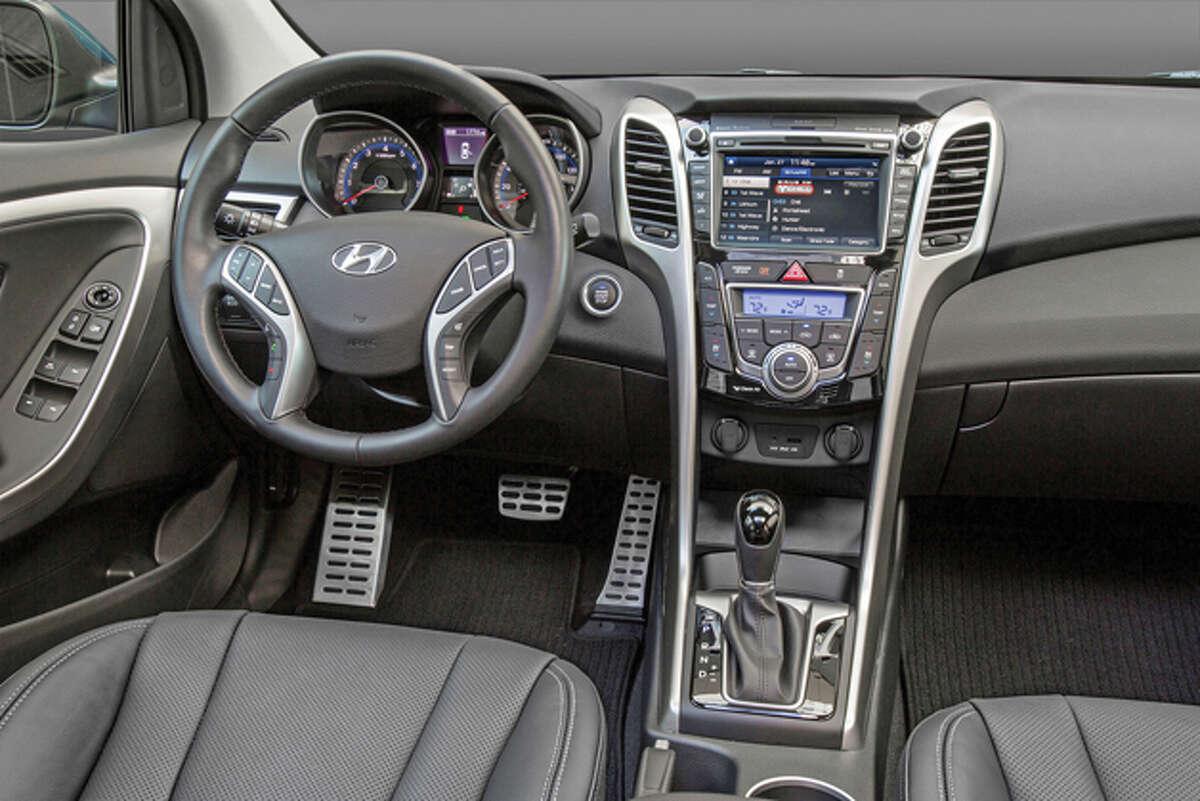 2016 Hyundai Elantra GT (photo courtesy of Hyundai)