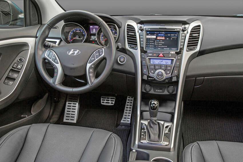 Test Drive 2016 Hyundai Elantra Gt
