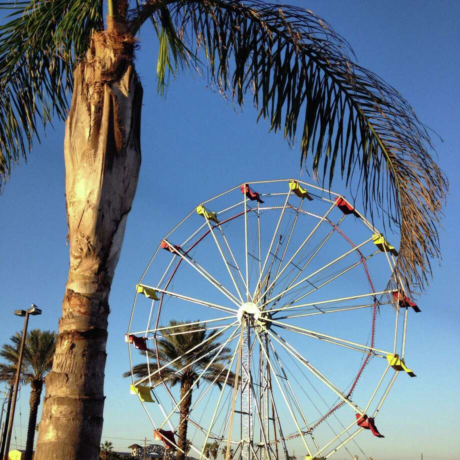 The Ferris wheel at Fajitaville on North Beach, 221 S Hotel Pl., Corpus Christi. Photo: Kirsten Crow / For The Express-News