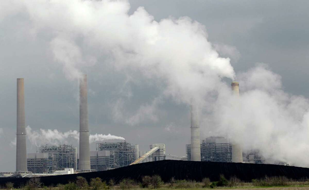 The Clean Power Plan is far from perfect, but it is far cheaper than what is to come under a business-as-usual do-nothing alternative. Its benefits, based on the fact that it addresses the worst polluting energy production, reach from avoided air pollution, thus improving public health, to possible reductions in energy costs.