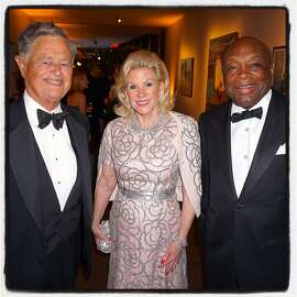 Former FAM Director Harry Parker (left) with FAM Board President Dede Wilsey and Willie Brown at the de Young 10th Gala. Oct 2015.