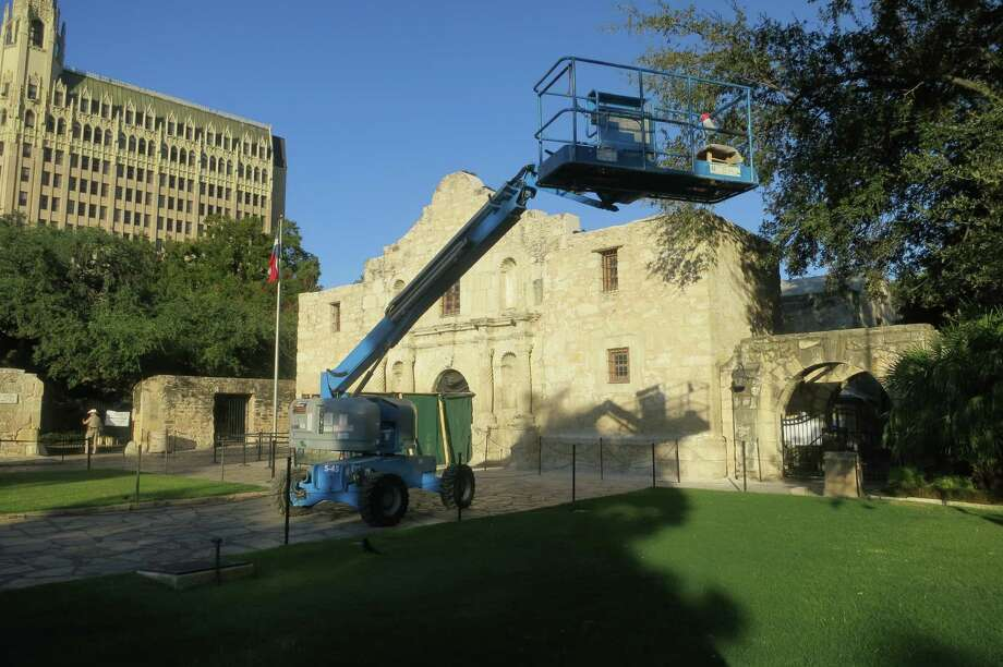 Although it will be years before Alamo Plaza is reconfigured, renovation work on the Alamo itself already has begun. Photo: Joe Holley/Houston Chronicle / Houston Chronicle