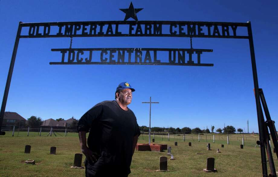 Reginald Moore, the guardian of the Old Imperial Farm Cemetery, wants the state to honor the history of the men in a convict-leasing program that many historians say was an extension of slavery. Photo: J. Patric Schneider, Freelance / © 2015 Houston Chronicle