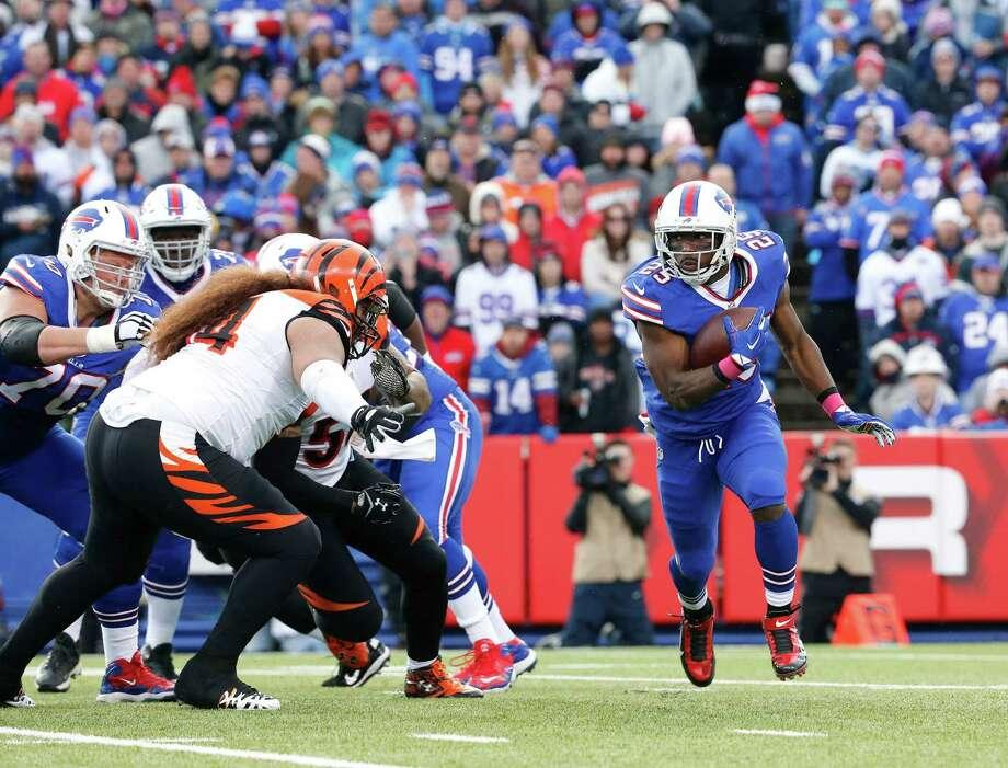 No. 32: Buffalo Bills Photo: Bill Wippert, Associated Press / FR170745 AP