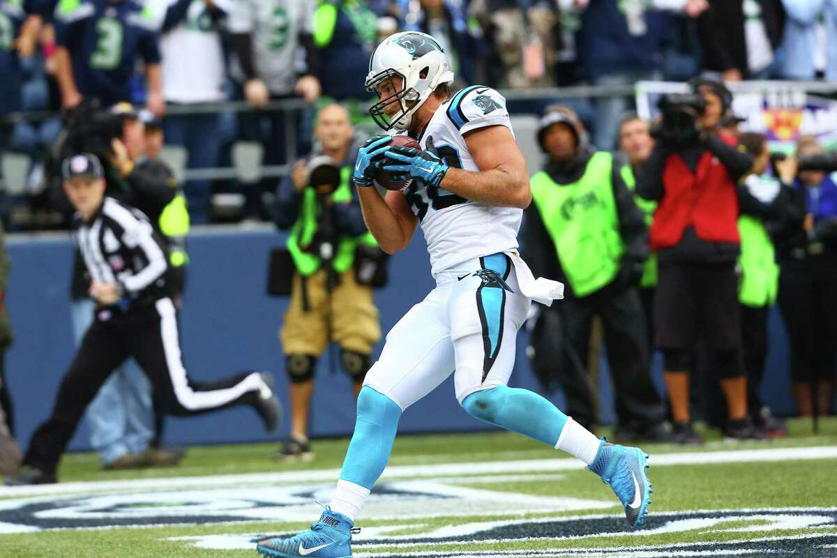 Carolina's Greg Olsen scores the game winning touchdown in the fourth quarter of the Seahawks game against the Panthers, Sunday, October 18, 2015.