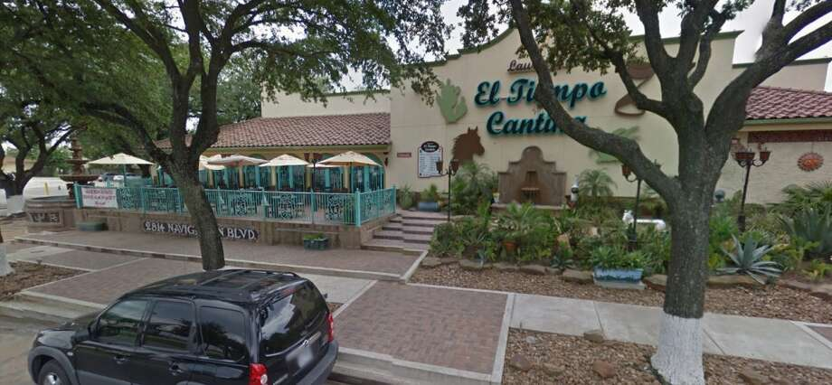 El Tiempo Cantina2814 NavigationHouston, Texas 77003Demerits: 17Inspection highlights: Observed employee handle food with bare hands. Multiuse equipment not maintained in good repair. Plumbing not maintained properly. Effective measures intended to minimize the presence of flies on the premises not utilized. Photo by: Google Maps