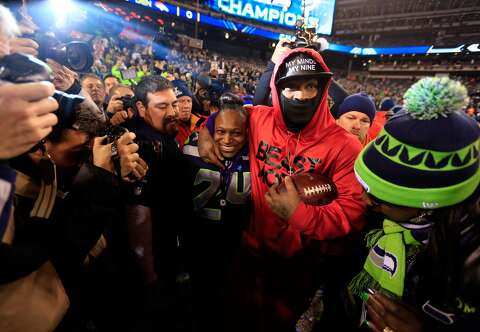 14e94dccaca  p Running back Marshawn Lynch  24 of the Seattle Seahawks celebrates with  his