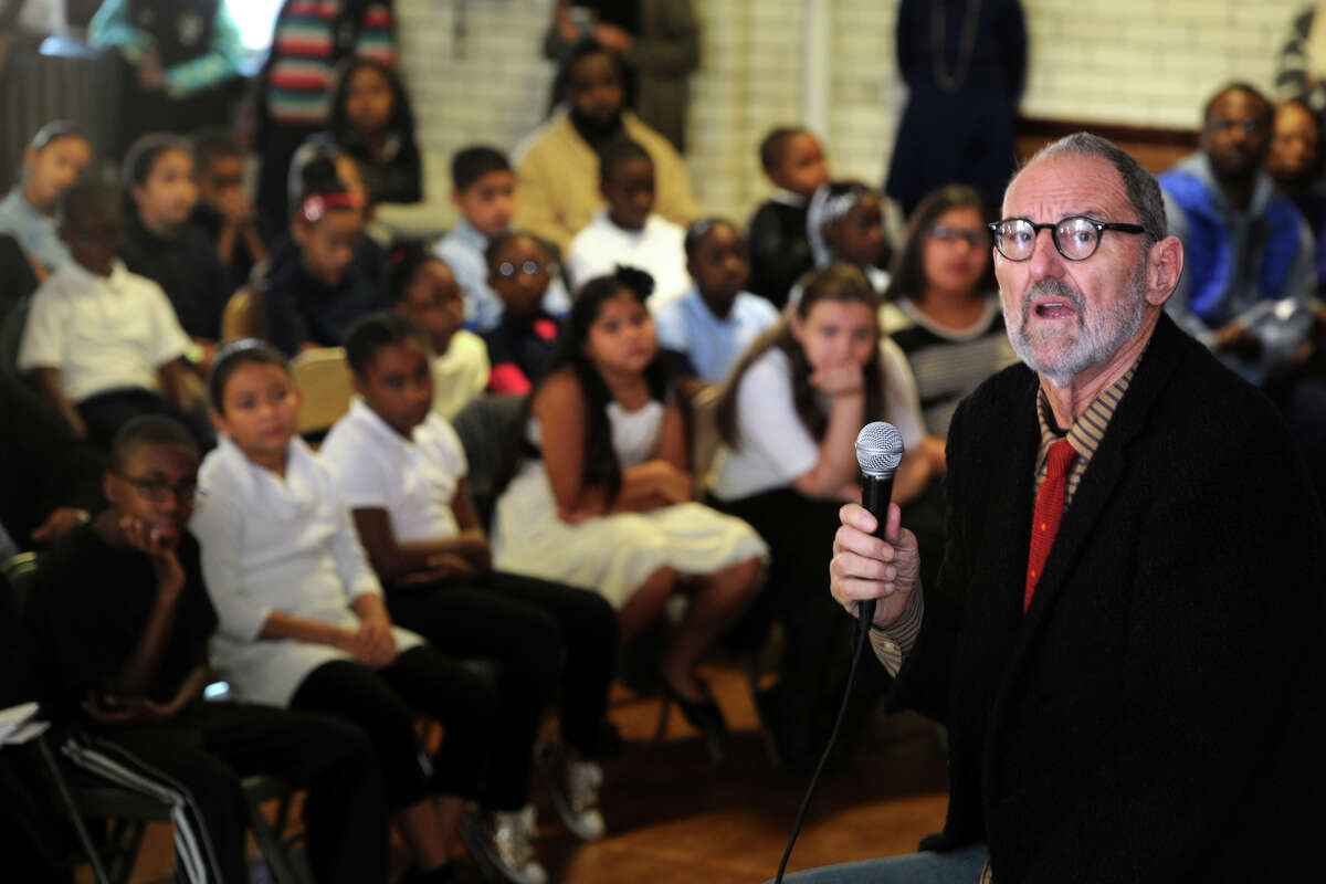 Architect Thom Mayne speaks to students at Hall School, in Bridgeport, Conn. Oct. 19, 2015. Mayne will be the visiting artist this school year at Hall, part of the national Turnaround Arts program.