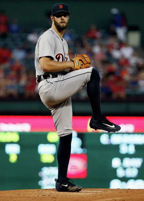 Detroit Tigers starting pitcher Daniel Norris (44) winds up to deliver to the Texas Rangers in a baseball game Tuesday, Sept. 29, 2015, in Arlington, Texas. (AP Photo/Tony Gutierrez) Photo: Tony Gutierrez, STF / AP