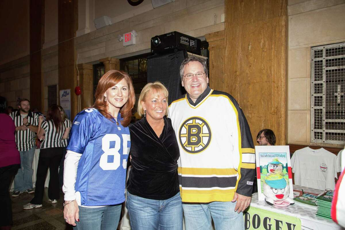 Were you Seen at the Jerseys, Jeans and Jewels annual fall gala of the Warren-Washington-Albany ARC, with special guests LPGA champion Dottie Pepper, Buffalo Bills Hall of Famer Andre Reed and former New York Mets pitcher Jon Matlack, held at 90 State in Albany on Friday, Oct. 16, 2015?