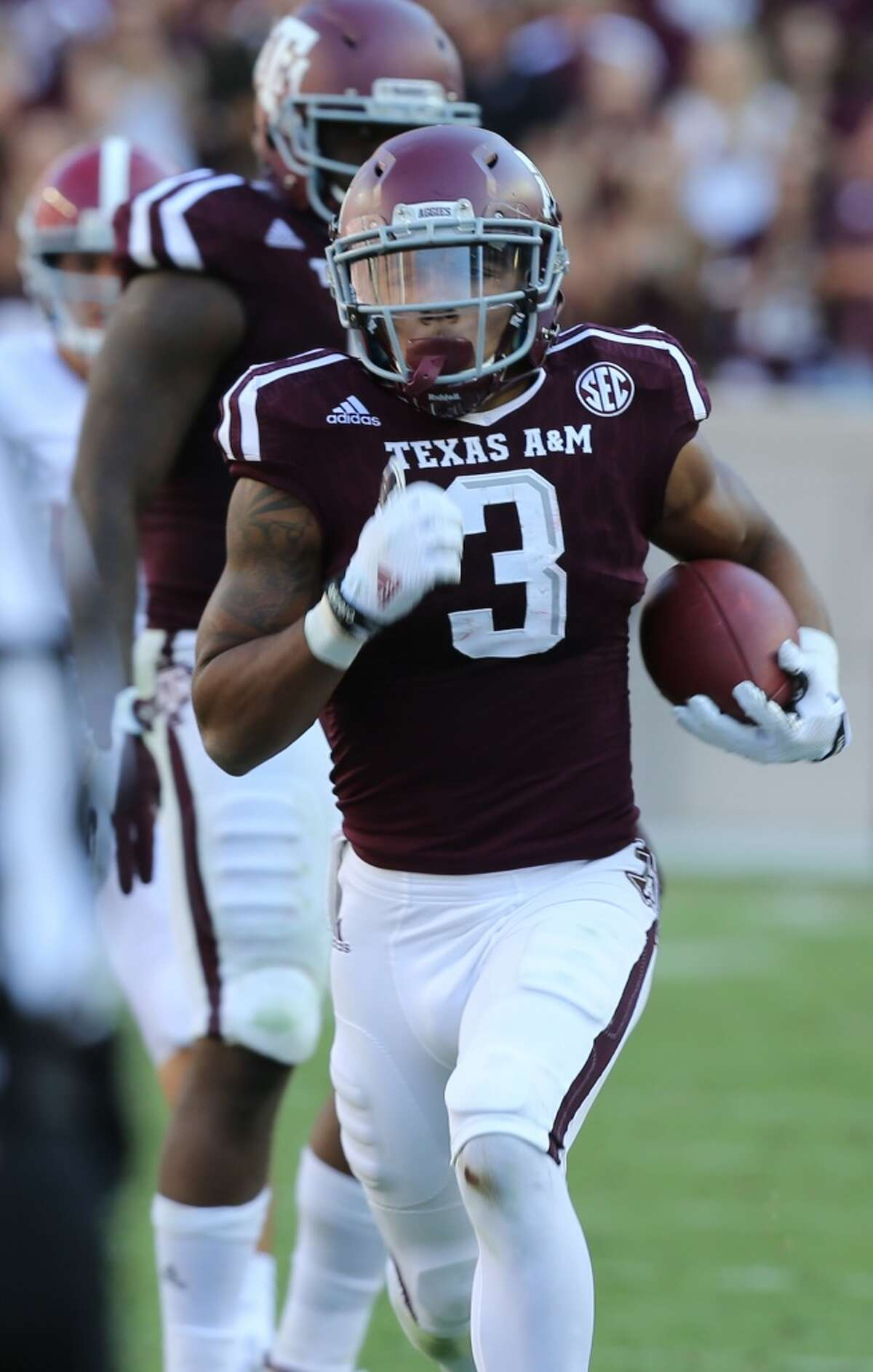 RECEIVERS/TIGHT ENDS A&M leading receiver Christian Kirk (3) has nearly twice as many catches (70) as Louisville's top receiver (Jamari Staples with 36). The Cardinals do spread around the ball more, and have nine receivers with double-digit catches, compared to six for A&M. Edge: A&M