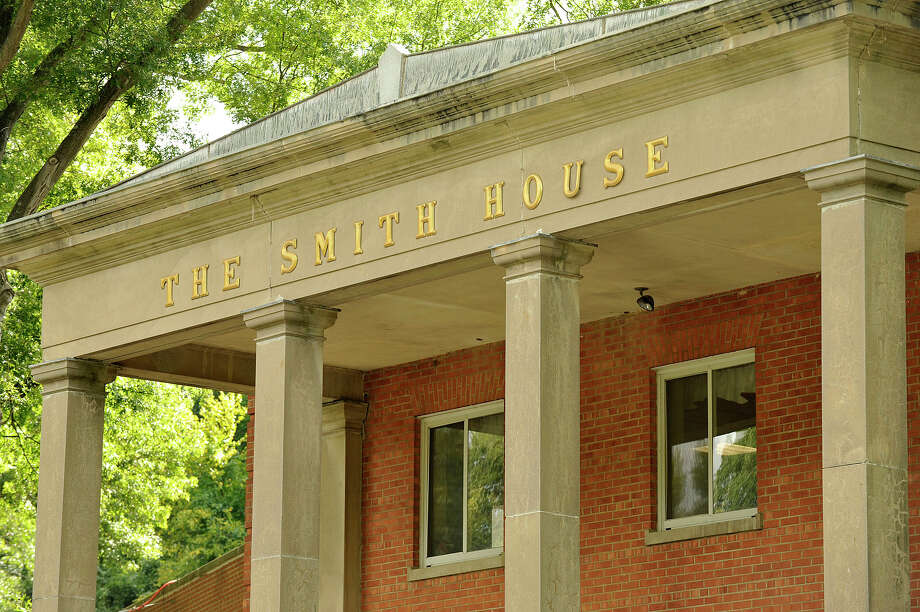 The Smith House Health Care Center can be seen in Stamford, Conn., on Thrusday, Aug. 27, 2015. Photo: Jason Rearick / Hearst Connecticut Media / Stamford Advocate