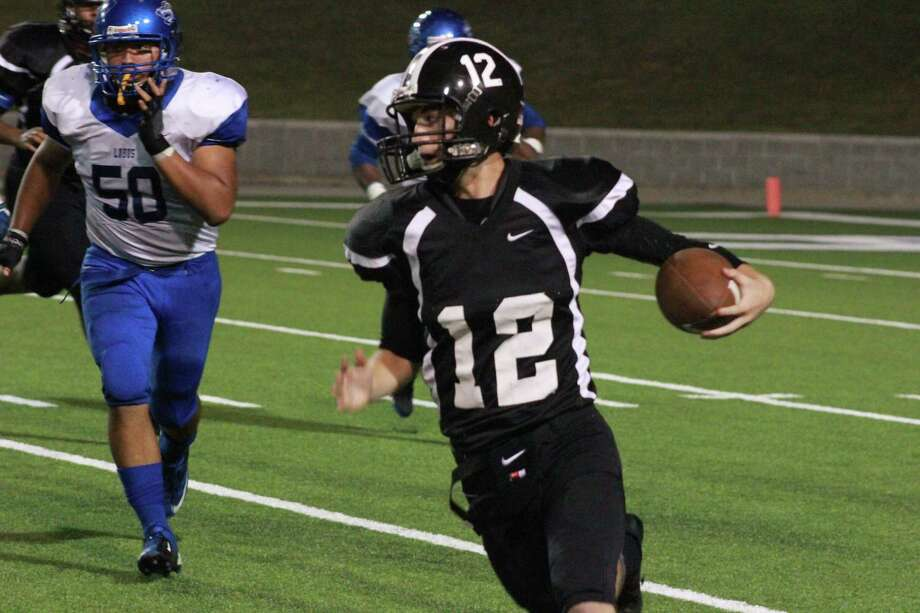 Senior Chase Miller has played himself into a starting role at quarterback after the injury to regular starer Allen Mills. Photo: Jimmy Loyd / freelance