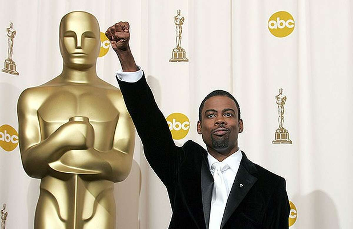 Comedian and host Chris Rock poses backstage during the 77th Annual Academy Awards on February 27, 2005 at the Kodak Theater in Hollywood, California. (Photo by Carlo Allegri/Getty Images)