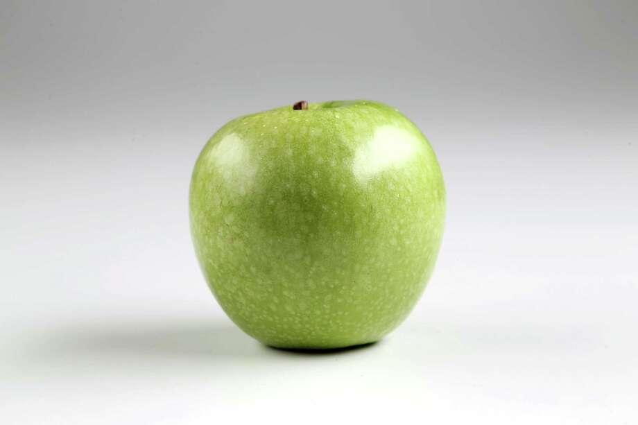 Granny Smith apple Photo: Gary Coronado /Houston Chronicle / © 2015 Houston Chronicle