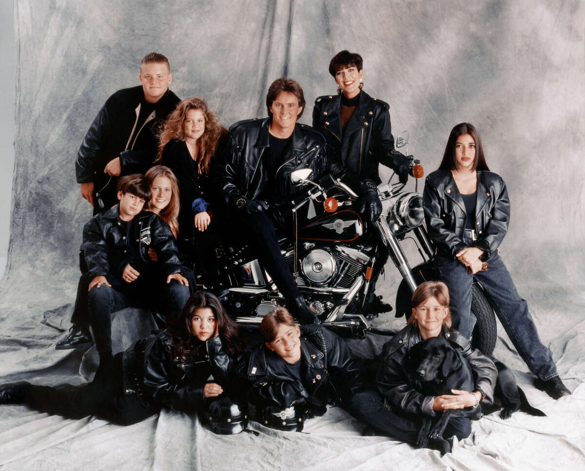 LOS ANGELES - 1993: (clockwise from top left) Burton Jenner, Khloe Kardashian, Bruce Jenner, Kris Jenner, Kim Kardashian, Brandon Jenner, Brody Jenner, Kourtney Kardashian, Robert Kardashian, Jr. and Cassandra Jenner of the celebrity Jenner and Kardashian families featured in the TV show 'Keeping Up With The Kardashians' pose for a family portrait in 1993 in Los Angeles, California .