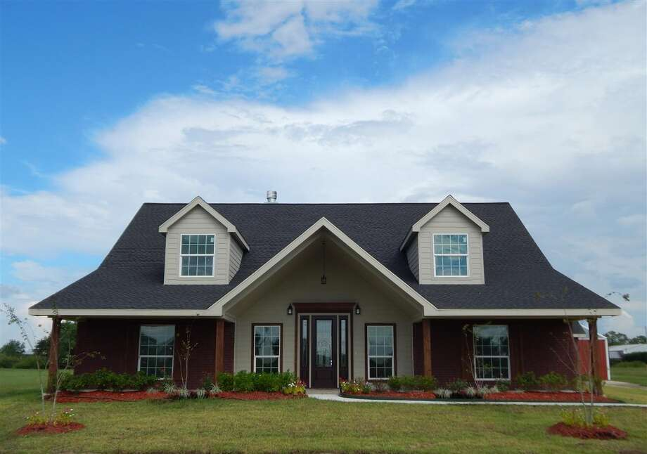 11655 Ridgemont Dr., Beaumont, TX 77705. $329,900. 3 bedroom, 2 full bath. 2,552 sq. ft., 2.01 acres. Photo: Courtesy Of Realtor.com