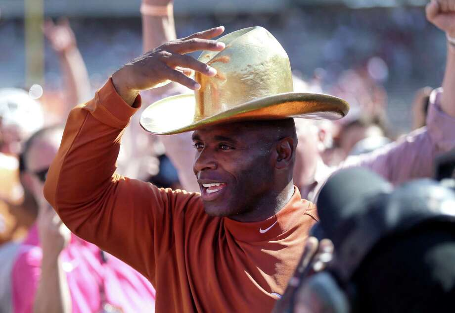 2015: Texas 24, No. 10 Oklahoma 17All-time series: Texas leads 61-44-5 Photo: LM Otero /Associated Press / AP