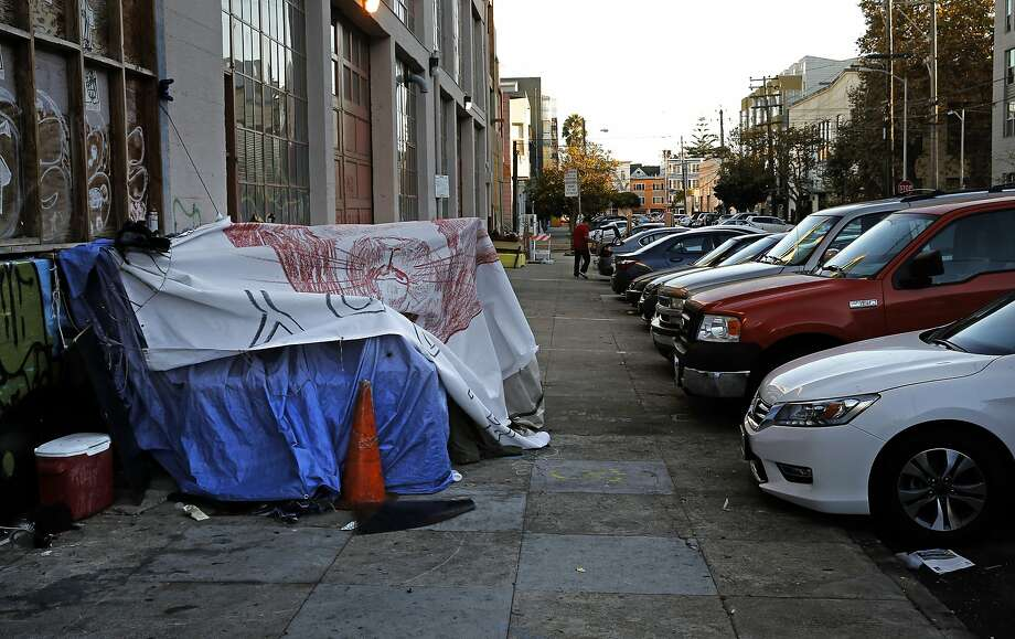 A homeless structure is seen along the 600 block of Florida Street in San Francisco's Mission Creek neighborhood in October 2015. Photo: Michael Macor, The Chronicle