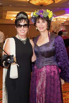 Gala Committee members Gayla Lorthridge Wood and Julie Kaufman at TheatreWorks Silicon Valley's Anything Goes Fundraising Gala on Saturday, October 17 at the Santa Clara Marriott.