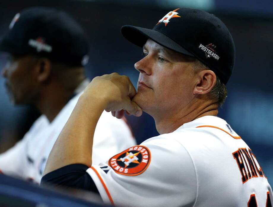 A.J. Hinch's new deal, according to one person familiar with it, is believed to have guaranteed money through at least 2018. Photo: Karen Warren, Staff / © 2015 Houston Chronicle