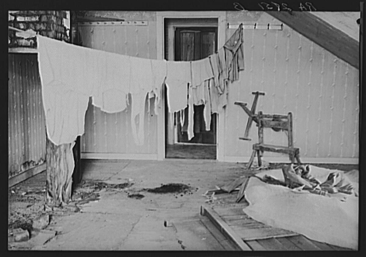 Upstairs laundry room in farmhouse optioned for wildlife area. Albany, County, New York, 1936