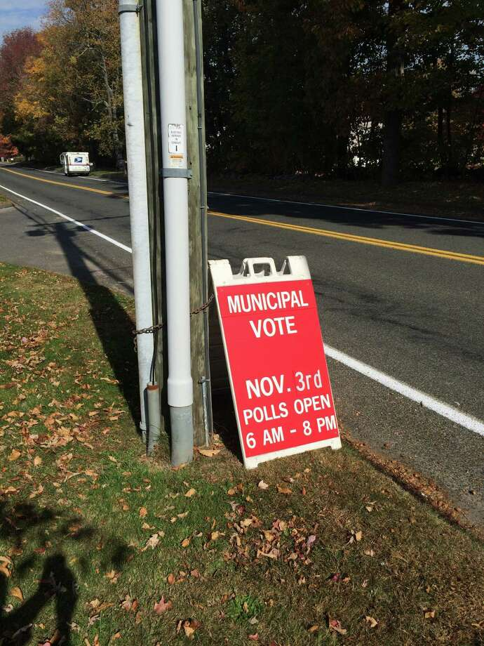 Voters in Monroe will find barely enough candidates running for the seats that need to be filled. There are only 34 candidates running for 29 seats in all. Photo: John Burgeson / Connecticut Post / Connecticut Post