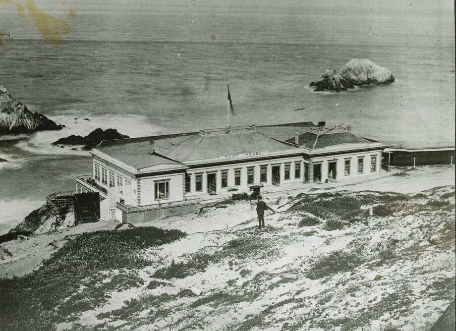 2nd Cliff House 1864-1894 Photo: Unknown / San Francisco Chronicle File / ONLINE_YES