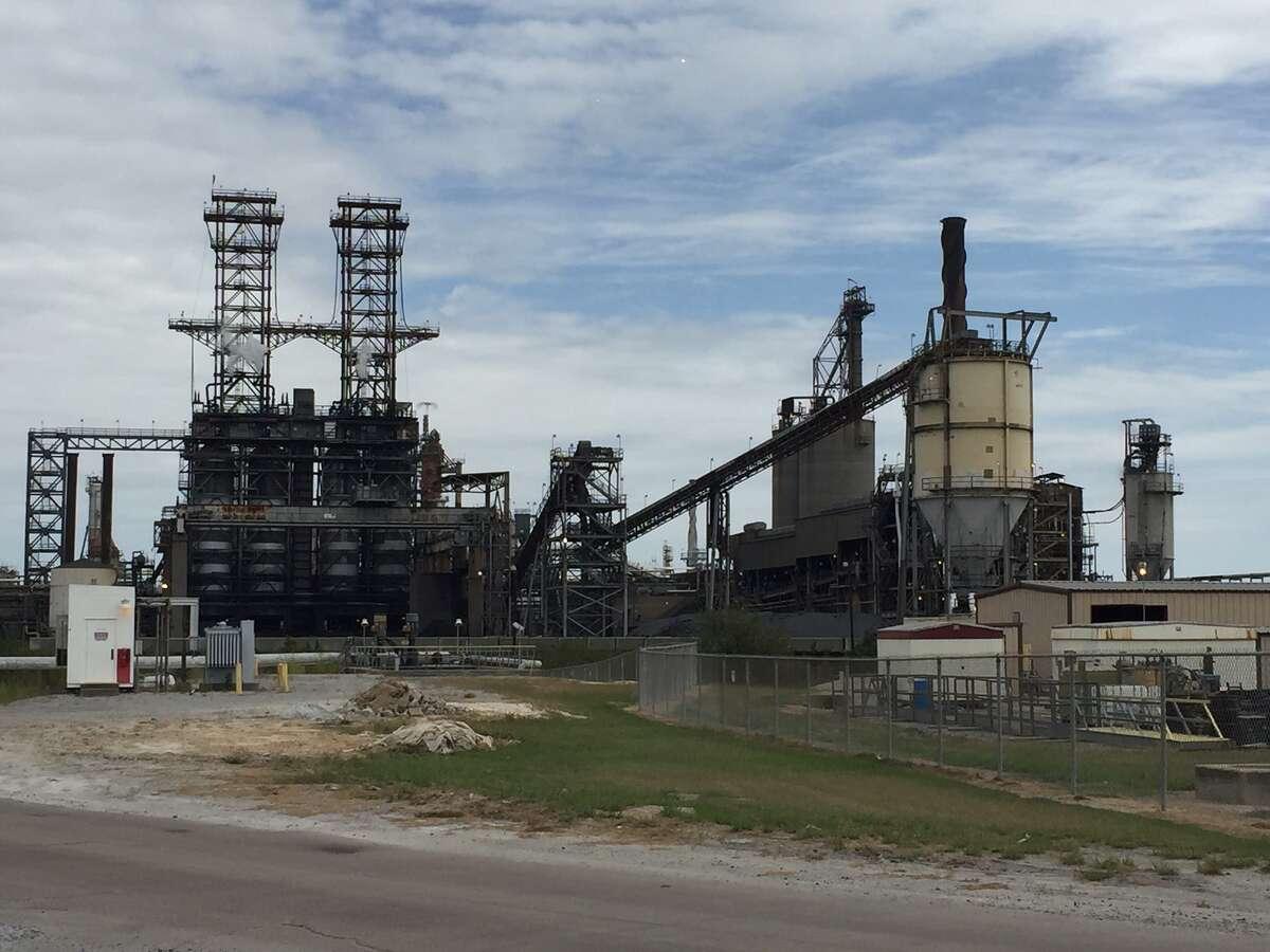The Phillips 66 Lake Charles refinery has premium and fuels coker units that produce fuel-grade petro-leum coke, graphite petroleum coke and heating oils. (Jordan Blum, 10-21-2015)