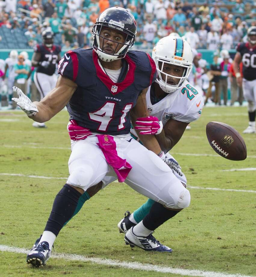Miami Dolphins cornerback Bobby McCain (28) breaks up a pass at the goal line intended for Houston Texans running back Jonathan Grimes (41) during the second quarter of an NFL football game at Sun Life Stadium on Sunday, Oct. 25, 2015, in Miami. ( Brett Coomer / Houston Chronicle ) Photo: Brett Coomer, Houston Chronicle