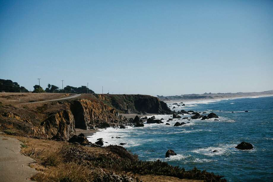 A body, possibly that of missing Santa Rosa attorney Steven Mitchell, washed ashore Monday near Bodega Bay. Photo: Sarah Rice, Special To The Chronicle