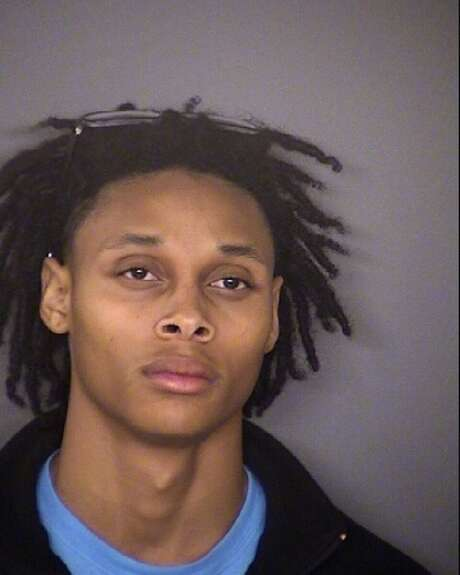 Tevin Devon Humes is seen in a Sunday Oct. 25, 2015 booking mug provided by the Bexar County sheriff. He is accused of firing a shot at a Bexar County deputy sheriff. Humes is charged with aggravated assault with a deadly weapon. Photo: COURTESY / COURTESY / COURTESY BEXAR COUNTY SHERIFF