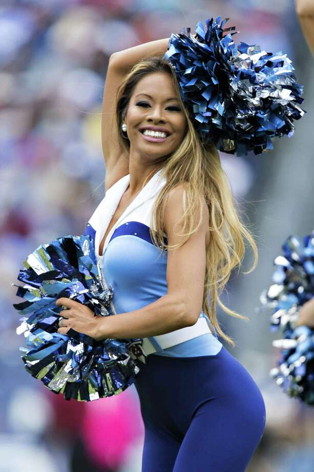 NASHVILLE, TN - OCTOBER 25:  Cheerleader of the Tennessee Titans performs during a game against the Atlanta Falcons at Nissan Stadium on October 25, 2015 in Nashville, Tennessee.  The Falcons defeated the Titans 10-7. Photo: Wesley Hitt, Getty Images / 2015 Getty Images