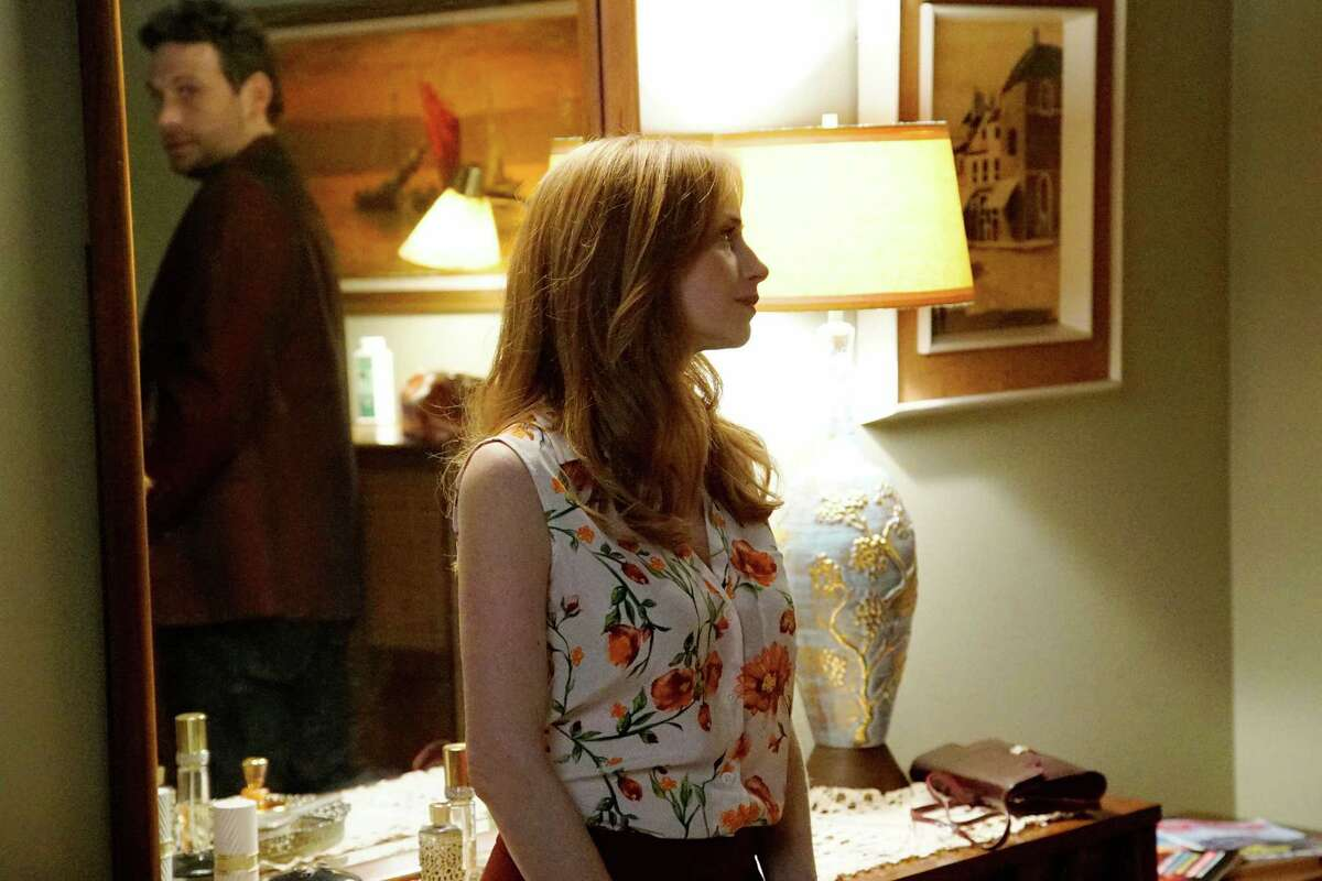 Jeremy Sisto plays Detective Jack Roth, with Jaime Ray Newman as Allison Roth.