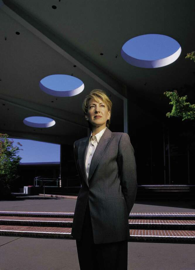 An undated handout image from Hewlett-Packard of Carly Fiorina during her tenure as chief executive of the company. Fiorina was known to shower workers with affirmation, but she also oversaw thousands of layoffs, many handled in impersonal ways. (Hewlett-Packard via The New York Times) -- NO SALES; FOR EDITORIAL USE ONLY WITH STORY SLUGGED FIORINA MANAGEMENT STYLE BY MICHAEL BARBARO. ALL OTHER USE PROHIBITED. -- Photo: HEWLETT-PACKARD, HO / HEWLETT-PACKARD