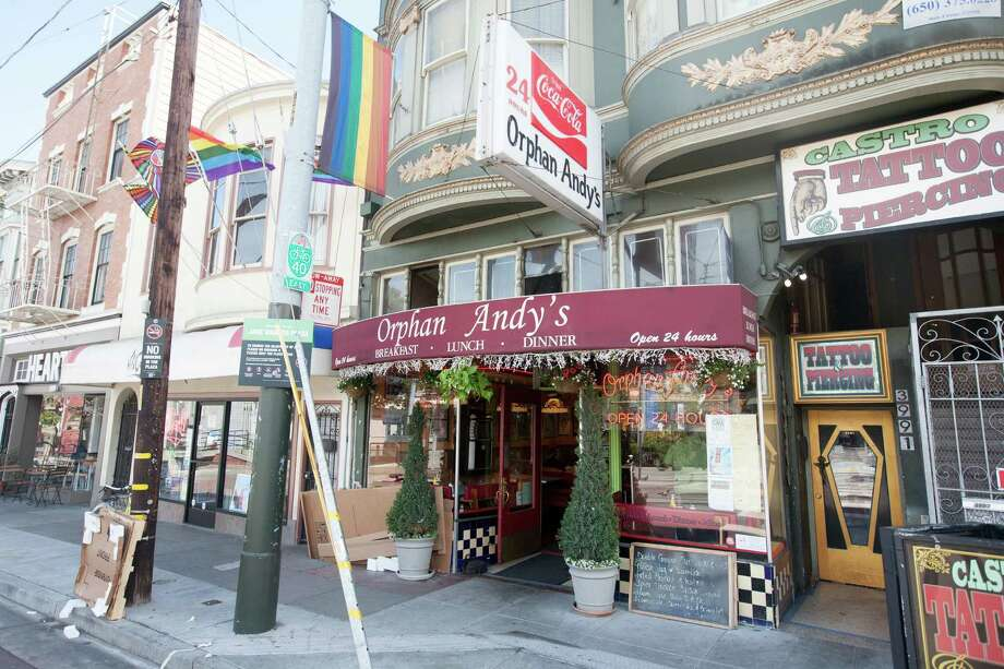 The exterior of Orphan Andy's cafe in San Francisco. I used to go here for their roast chicken dinner with mashed potatoes. They don't serve either of those now. The place is open 24 hours and has been a mainstay in the Castro for years. Very East Coast diner feel inside. Address: 3991 17th St, San Francisco, CA 94114, Phone:(415) 864-9795 Photo: Douglas Zimmerman, SF Gate / Douglas Zimmerman / SF Gate