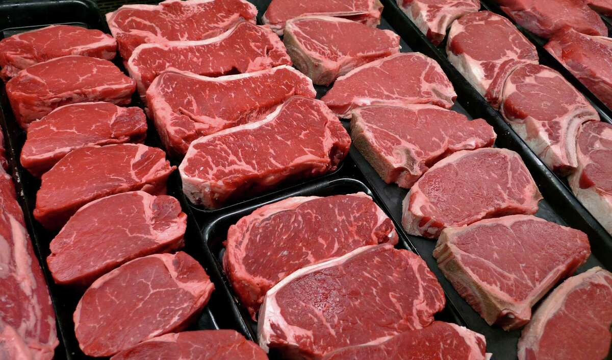 Raw meat: Could contain Salmonella or E.Coli or cause skin and coat issues.