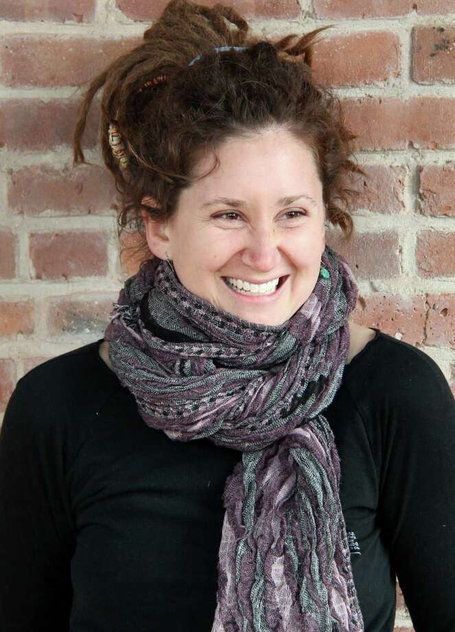 Kristen Graves of Fairfield, the state troubadour of Connecticut, will be joined Nov. 1 by guitarist Glenn Roth for a concert at the Pequot Library. Photo: Contributed / Contributed Photo / Fairfield Citizen