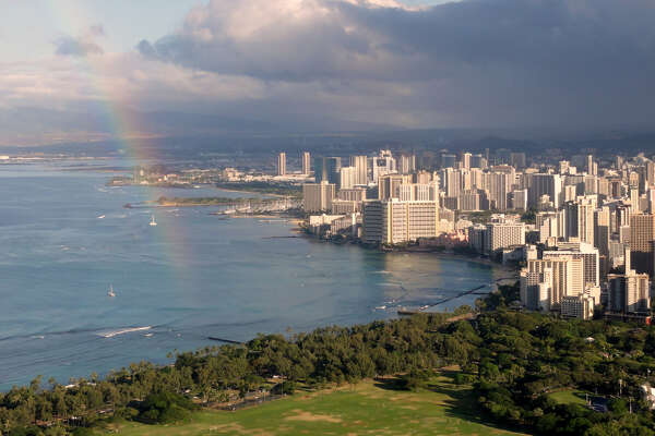 """Waikiki view from Diamond Head"" by Cristo Vlahos - Own work. Licensed under CC BY-SA 3.0 via Commons - https://commons.wikimedia.org/wiki/File:Waikiki_view_from_Diamond_Head.JPG#/media/File:Waikiki_view_from_Diamond_Head.JPG"