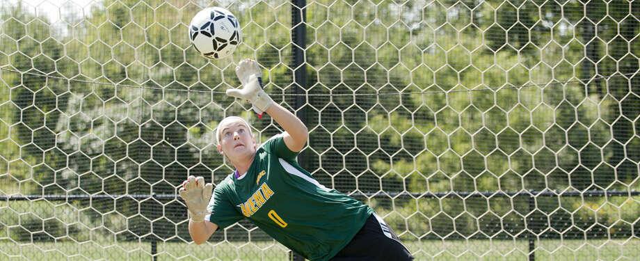 Siena College women's soccer senior goalkeeper Liz Rogan, a Saratoga Springs High graduate (Siena sports information)
