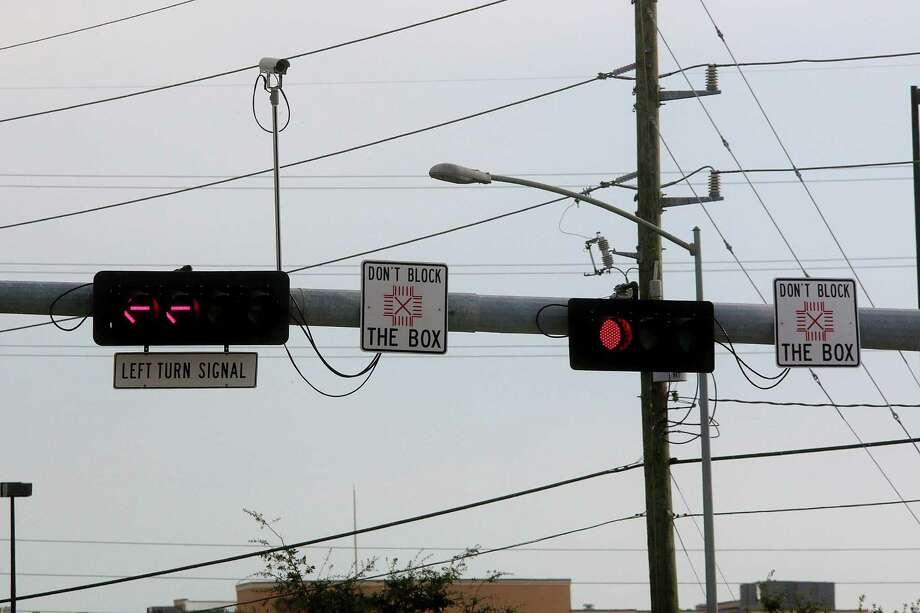 Pearland Targets Blocked Intersections Houston Chronicle