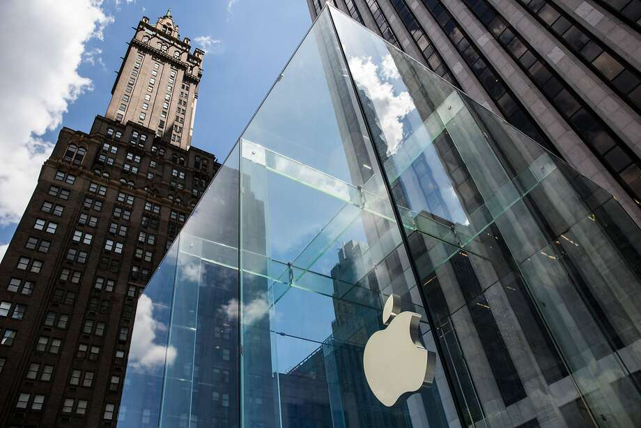 Apple says the new law would weaken digital privacy tools. Photo: Andrew Burton