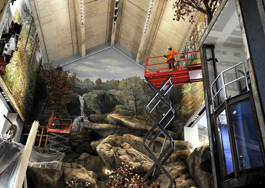 bass pro shops offers advance look at bridgeport store