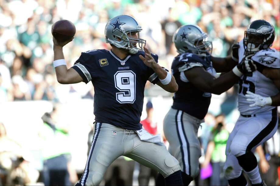 No mo' RomoWith Tony Romo not eligible return until Nov. 22 with a broken collarbone, Dallas will likely once again hand the quarterback reins to veteran backup Matt Cassel on Sunday. The Cowboys brought Cassel in after Brandon Weeden, their original backup, went 0-3 in Romo's absence and struggled to keep the offense afloat. Cassel didn't fare much better last week against the New York Giants, however, going 17-27 for 227 yards, a touchdown and three interceptions.This sets up quite favorably for the Seahawks defense, which had no problems suffocating San Francisco quarterback Colin Kaepernick last week. Seattle hasn't forced turnovers at its customary clip so far this season but a Cassel or Weeden-led offense on Sunday could present the unit with a golden opportunity to turn that around. Photo: Michael Perez, Associated Press / FR168006 AP