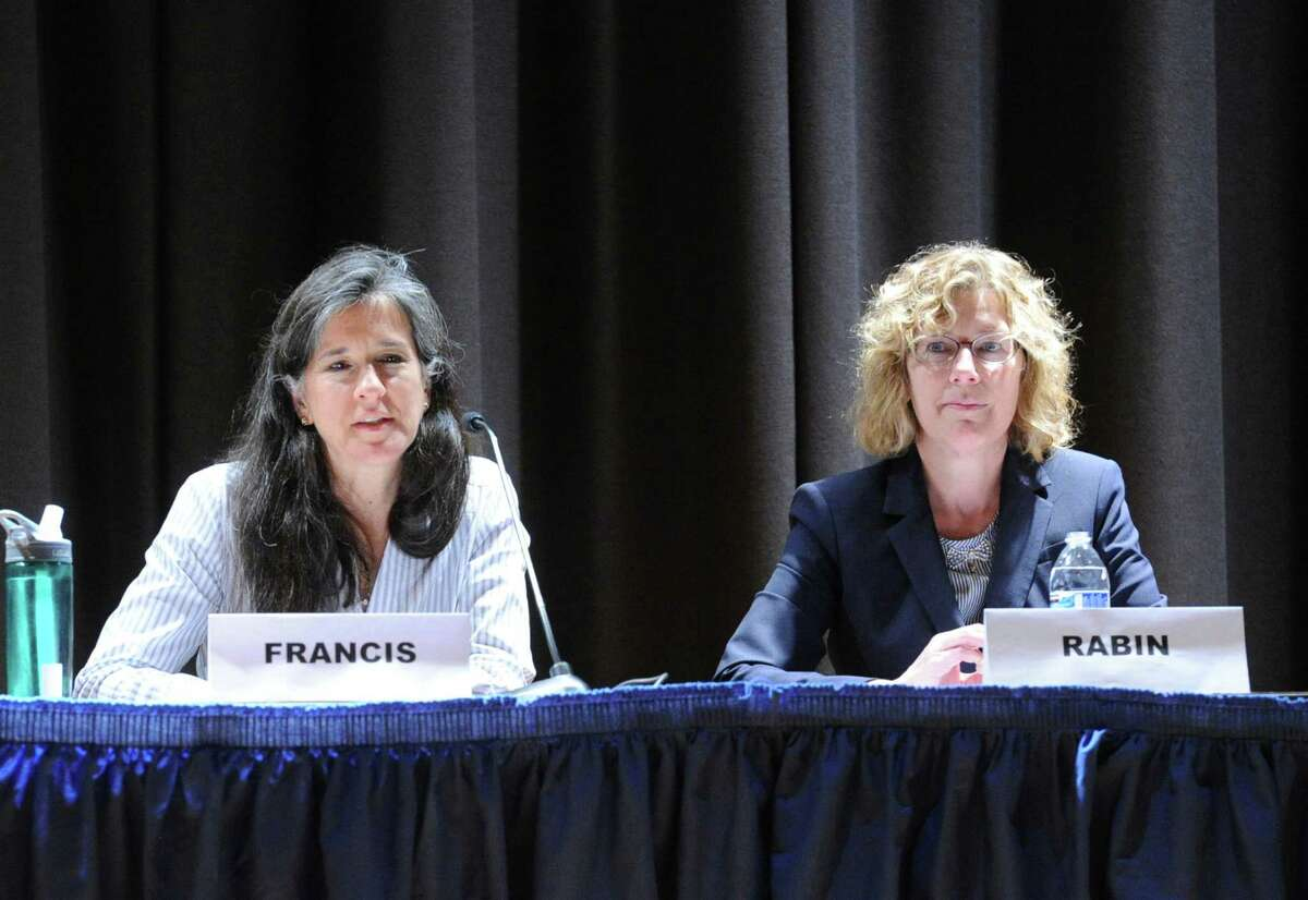 Board of Education candidates Gaetane Francis and Lauren Rabin at Tuesday's forum.