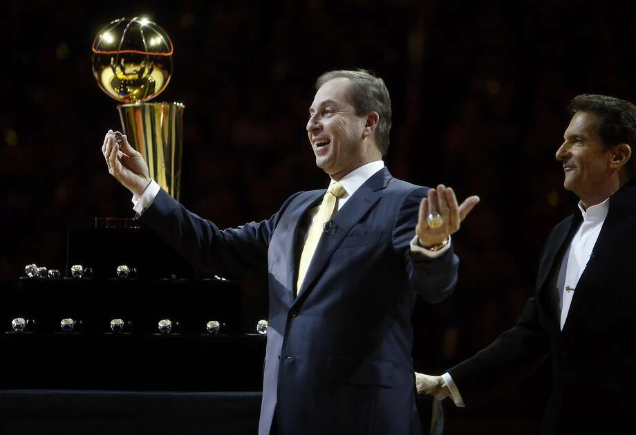 Warriors' opening night: Rings, bling and other things ...
