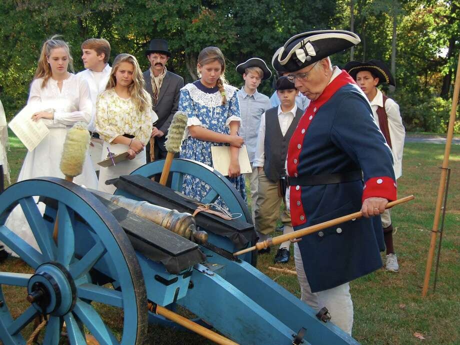 Middlesex Middle School eighth-graders experience a battlefield cannon and artillery demonstration Photo: Contributed / Contributed Photo / New Canaan News