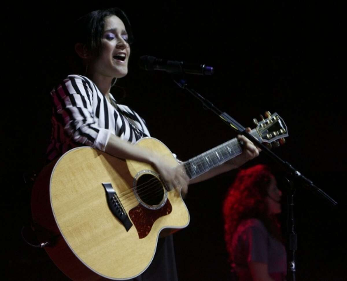 Nominee for Best Song of the Year: Julieta Venegas' song has much more complex musical arrangements and better orchestration than Rick Martin's.